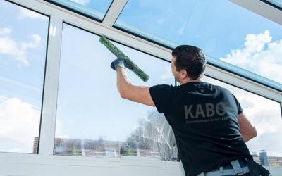 Glasreinigung und Rahmenreinigung / Fensterreinigung